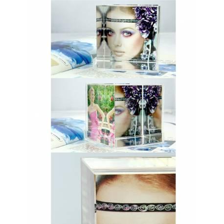 Кристален куб със снимки