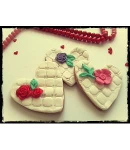 Меденки ретро сърца с цветя
