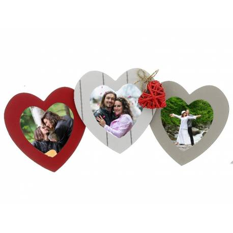 Рамка сърца с 3 снимки