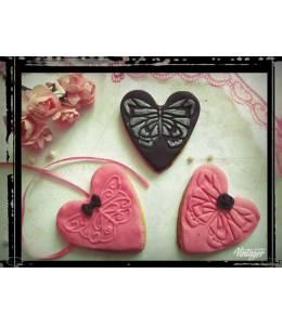 Меденки сърца с пеперуди