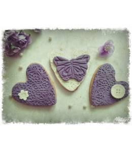 Дантелени меденки в лилаво