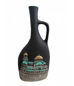 Бутилка вино храмът Александър Невски